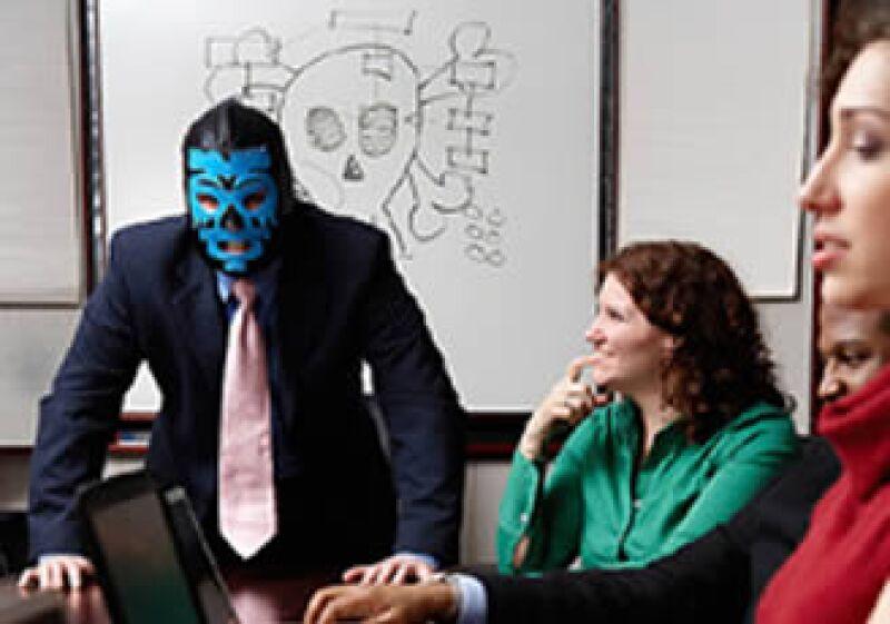 Ante un jefe psicópata lo mejor que puedes hacer es alejarte, o puedes salir perjudicado. (Foto: Jupiter Images)