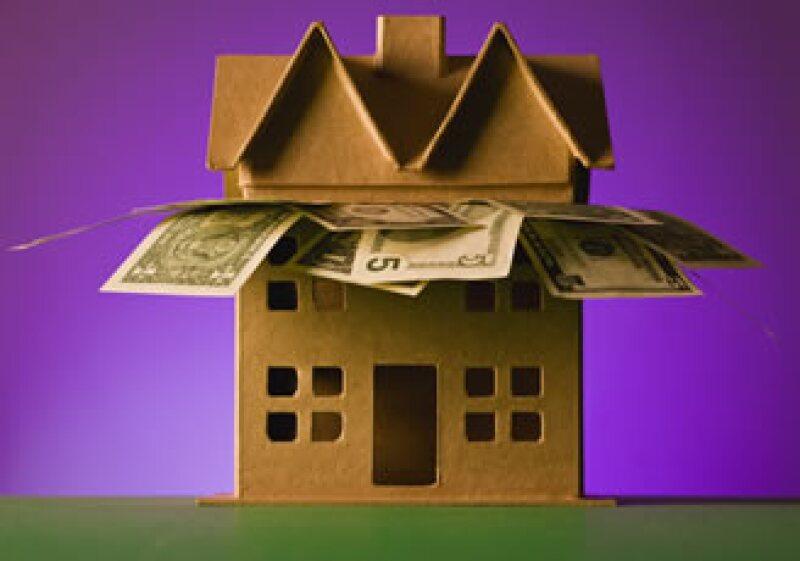 Los expertos recomiendan no guiarse por la tasa, el CAT o la mensaualidad más baja al momento de contratar una hipoteca. (Foto: Photos to go)
