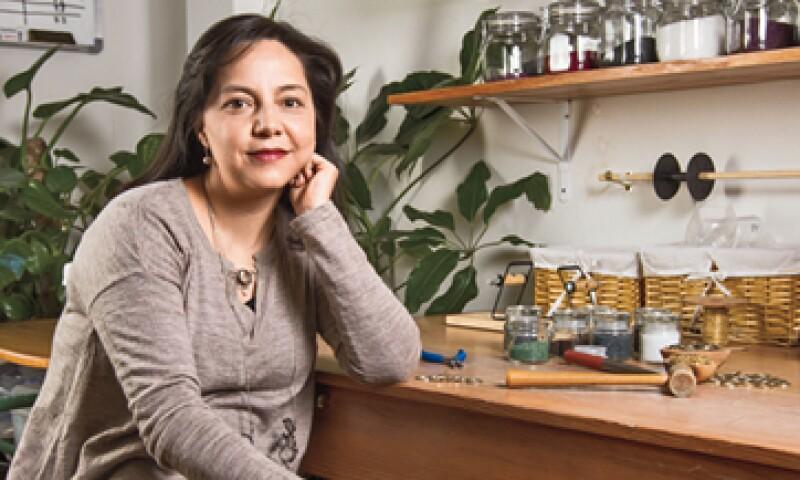 La joyería de Cynthia Serrano puede llegar a producir 1,500 piezas en una quincena. (Foto: Ana Blumenkron)