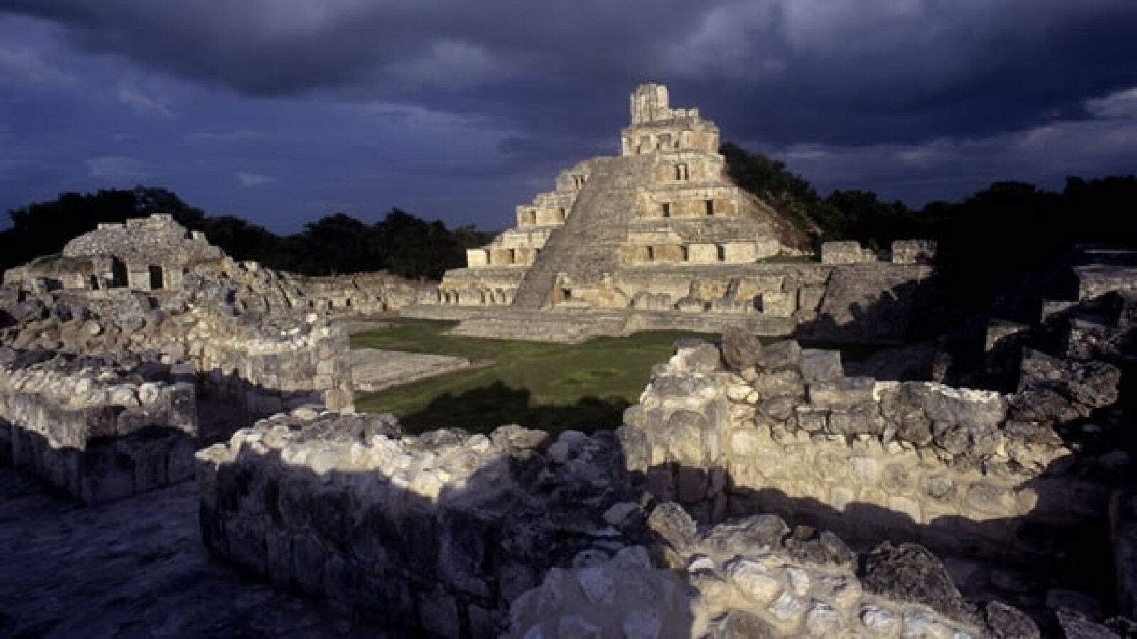 edzná mundo maya