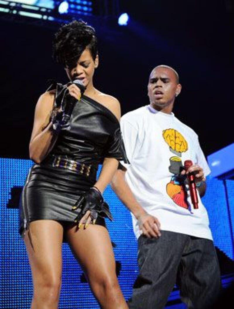 Según un sitio de internet, la cantante tiene un par de contusiones en el rostro, aparentemente propinadas por su novio Chris Brown, lo que le impidió presentarse en la pasada entrega del Grammy.