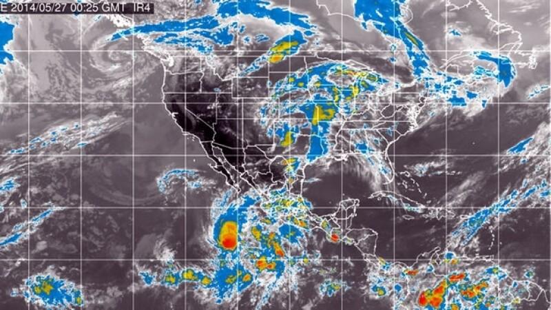 huracan amanda frente a las costas mexicanas