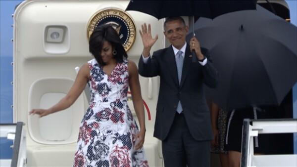 El outfit que vistió la Primera Dama de Estados Unidos a su llegada al aeropuerto de La Habana robó la atención en cuestión de minutos. ¿Qué marca es y cuánto cuesta?