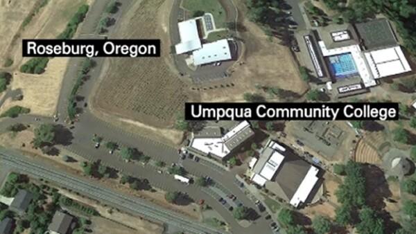 El ataque se originó en el campus de la Community College de Umpqua en Roseburg, Oregon.