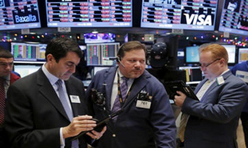 El Dow Jones industrial avanza 0.40% en la Bolsa de Nueva York. (Foto: Reuters)