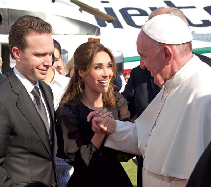 Anahí no pudo contener su emoción por su encuentro con el Papa.