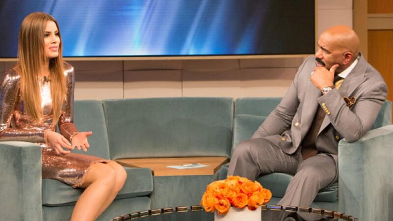 En un emotivo momento, el presentador finalmente le pide una disculpa en persona a Ariadna Gutiérrez.
