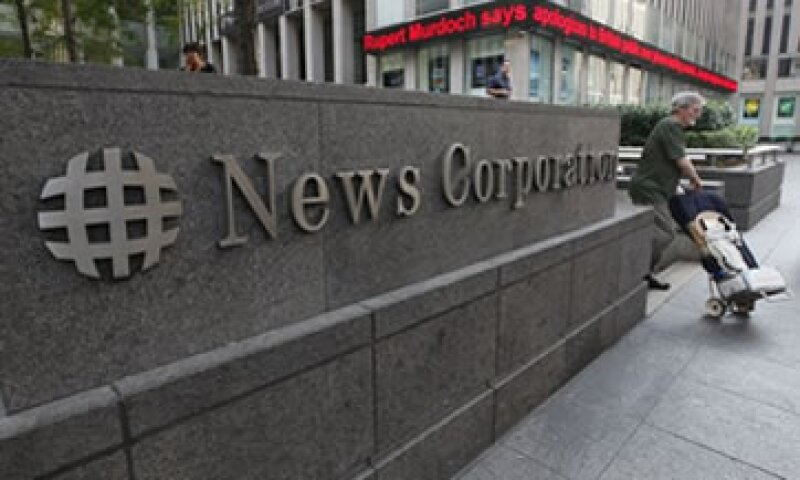 En el comunicado, Murdoch dijo sentirse confiado en que la empresa emergerá más fuerte de la crisis. (Foto: AP)