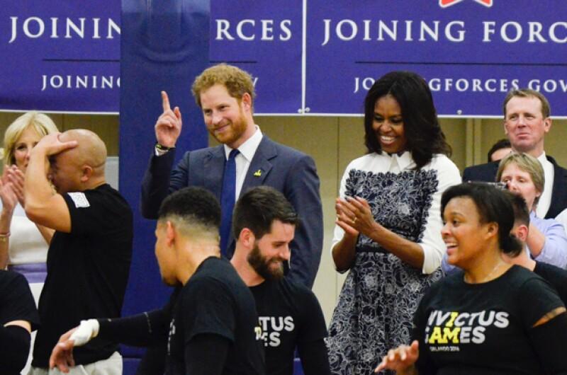 Como buena anfitriona, la primera dama lo acompañó a los eventos que asistió.