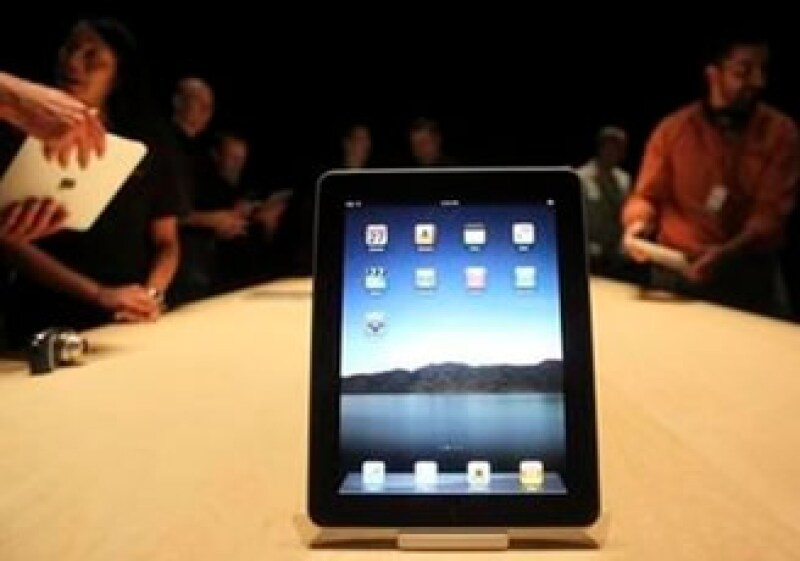 Expertos habían estimado que se pedirían 20,000 tablets por hora. (Foto: Reuters)