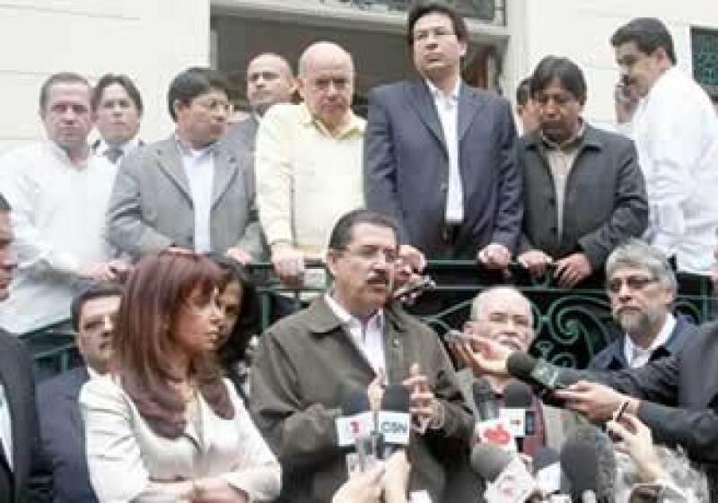 Manuel Zelaya ha recibido el apoyo de todo los países de AL. (Foto: Notimex)