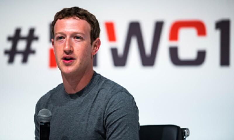 Zuckerberg y su esposa buscan mejorar las condiciones de una comunidad por medio de la educación y el cuidado de la salud (Foto: Getty Images/Archivo)