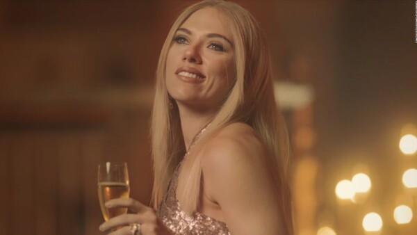 Scarlett Johansson imita a Ivanka Trump