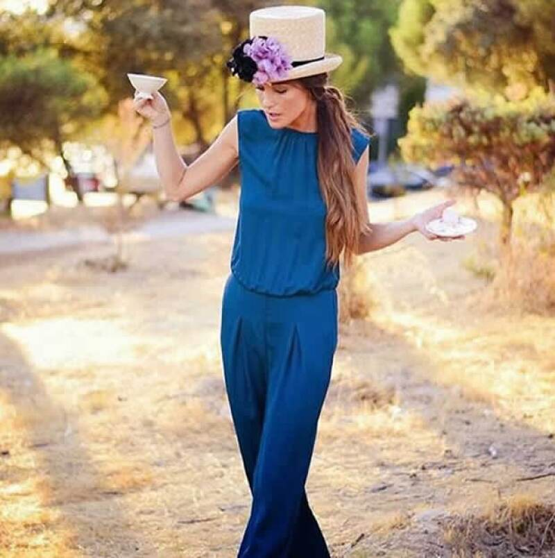 Belén Iriberri, dueña de la marca Nectarine Tocados, nos platica sobre sus inicios con la marca y nos da los principales consejos para usar tocados en una boda o evento.