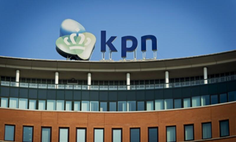 América Móvil mantiene una participación de 24.83 en KPN. (Foto: EFE)