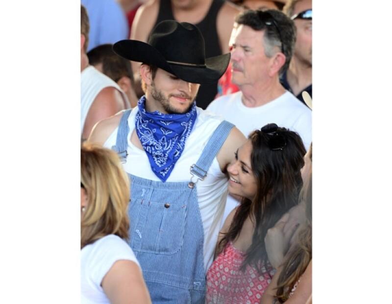 La pareja pasó el fin de semana en Indio, California, donde se dejaron ver muy cariñosos durante el festival de música country Stagecoach.
