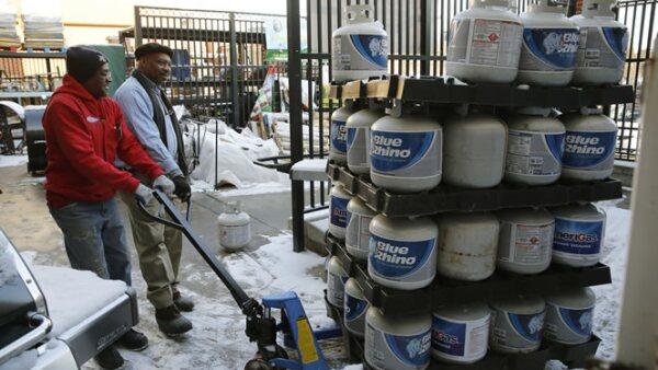 El gas propano fue uno de los artículos más comprados por los estadounidenses para prevenirse de fallos por la tormenta de nieve.