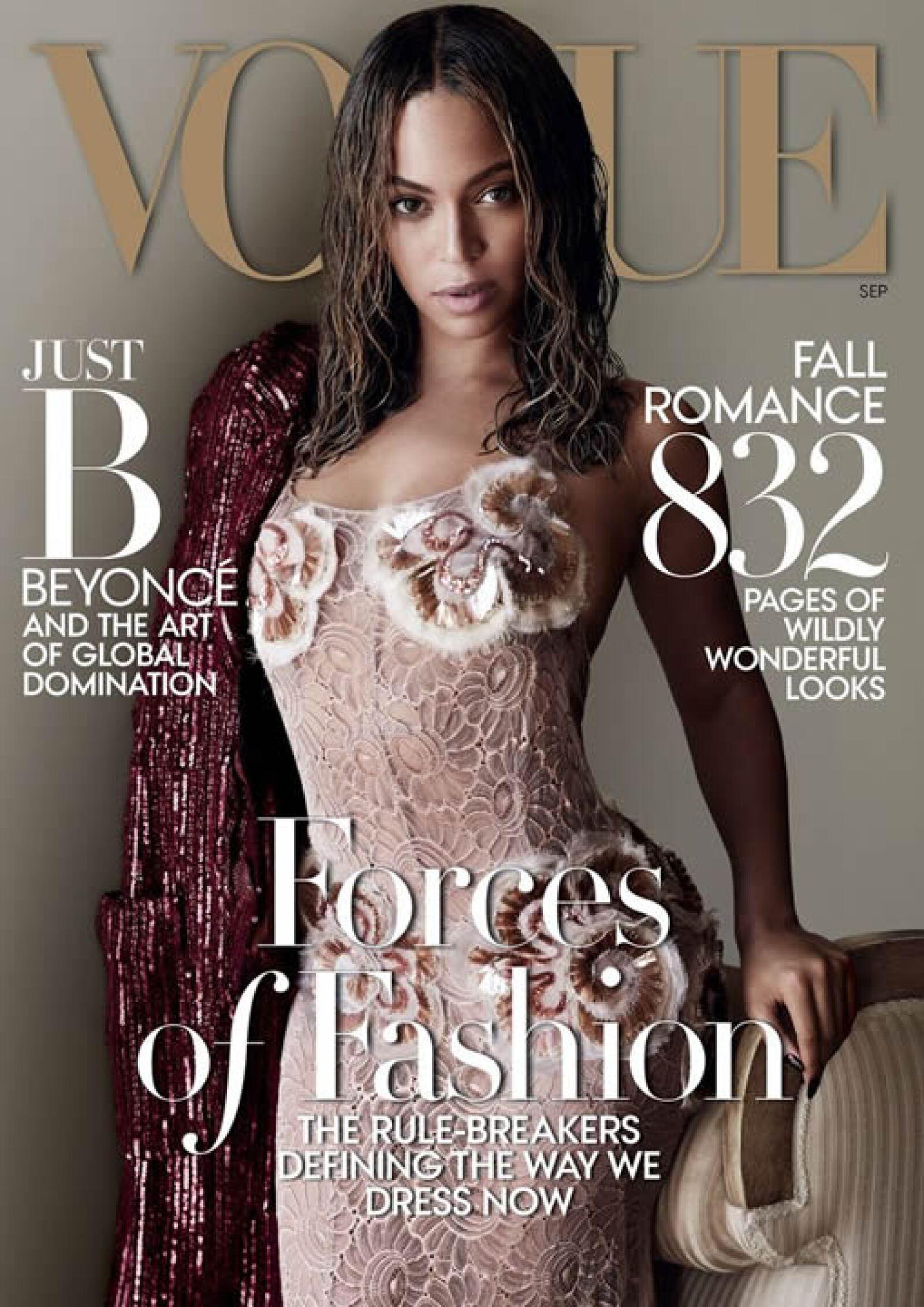 Vogue: La espectacular Beyoncé es la portada. Lleva un vestido de Marc Jacobs y es fotografiada por Mario Testino.