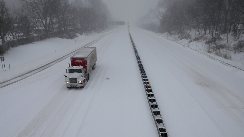 Nieve en los caminos