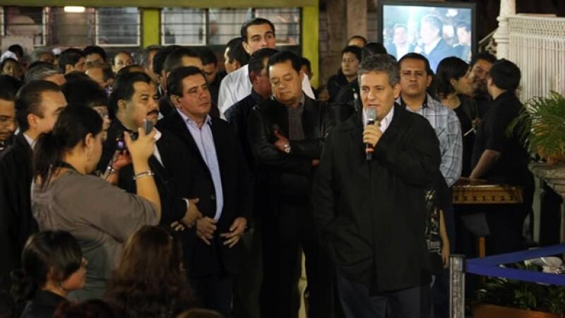 El gobernador Juan Sabines rinde homenaje a Zeferino Nandayapa
