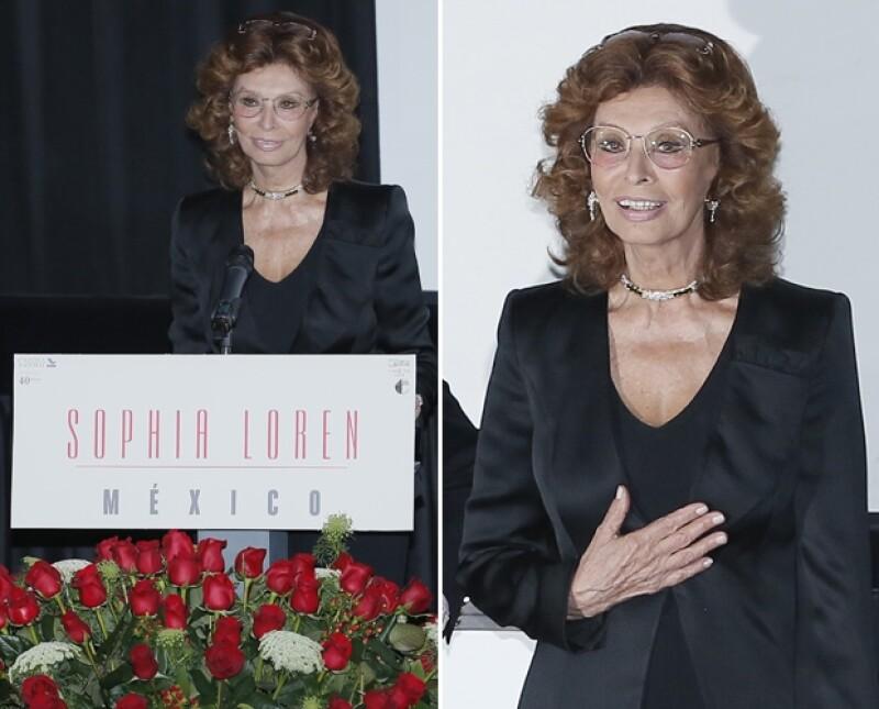 La guapa italiana dijo estar muy agradecida y nerviosa por este reconocimiento.