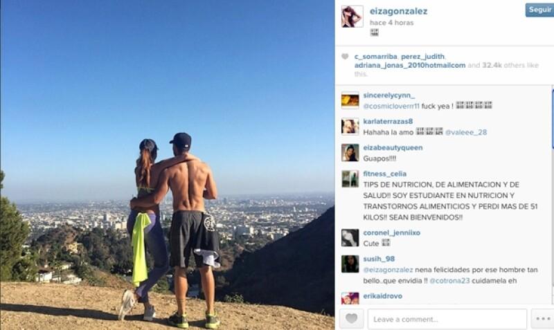 La pareja presume cuerpazos en Instagram al término de su actividad deportiva, la cual además de ejercitarlos, les permite contemplar de una romántica vista desde las alturas.