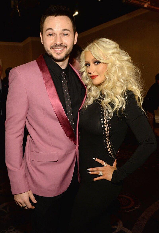 Tras divorciarse de Jordan Bratman, la cantante inició una sólida relación con Matt Rutler.