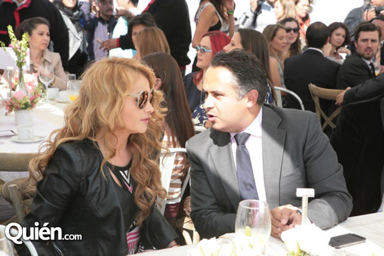 Paulina y Enrique Rubio