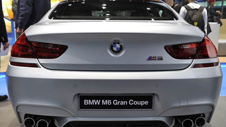 Vista trasera del BMW Serie 6 Gran Coupé, que se presenta en la feria.