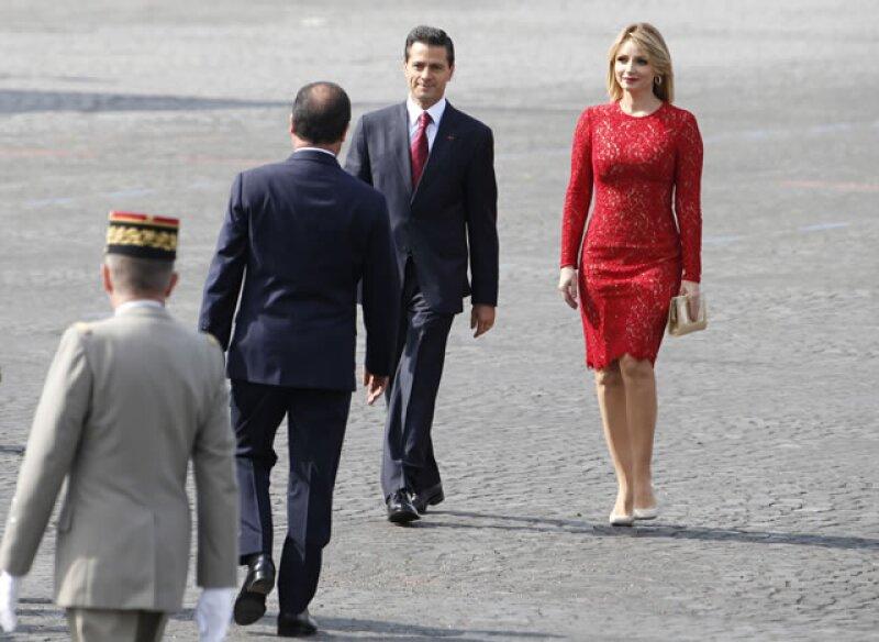 """Hace unos días todo mundo habló del video que captó el """"momento incómodo"""" entre el presidente de México y su esposa, ahora que están en Europa, ha surgido otro similar."""