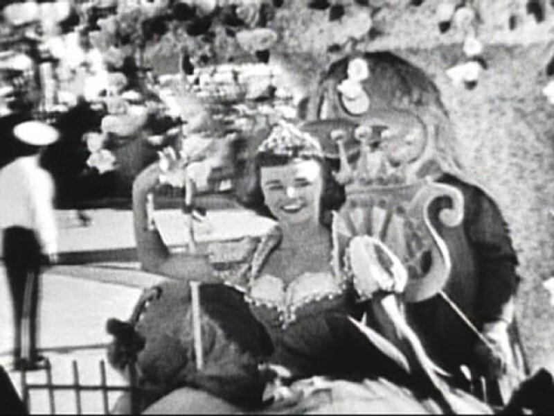 """El 17 de julio de 1955 Killingsworth actuó para Disneylandia como la primera """"Blanca Nieves"""", un personaje mítico para esta historia de cuentos infantiles que ha perdurado por generaciones."""