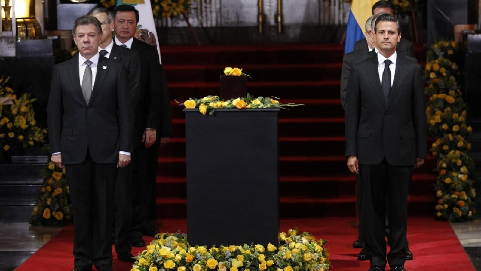 La guardia de honor de Juan Manuel Santos y Enrique Peña Nieto