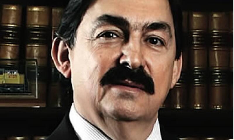 Napoleón Gómez Urrutia acusó al presidente Felipe Calderón de mantener una cruzada ilegal contra el movimiento sindical mexicano. (Foto: Archivo)