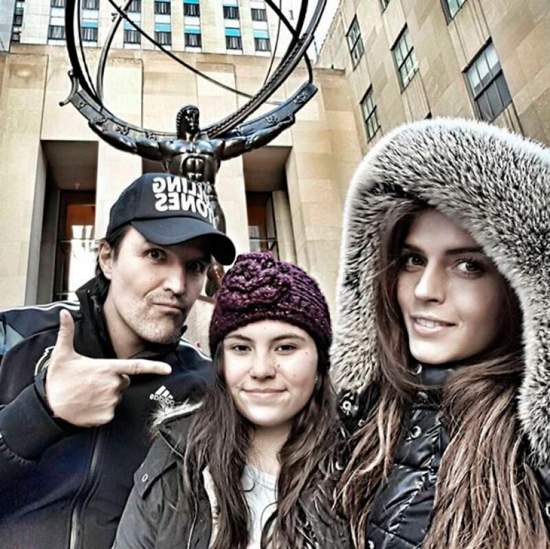 Claudia Álvarez y Billy Rovzar desde el Rockefeller Center, en Nueva York.