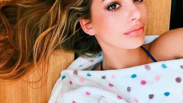 Camila Morrone es el nombre de esta sexy joven que ya ha dado sus primeros pasos en el mundo del modelaje, ella es hija de la actriz Lucila Polak, novia del actor de Hollywood.
