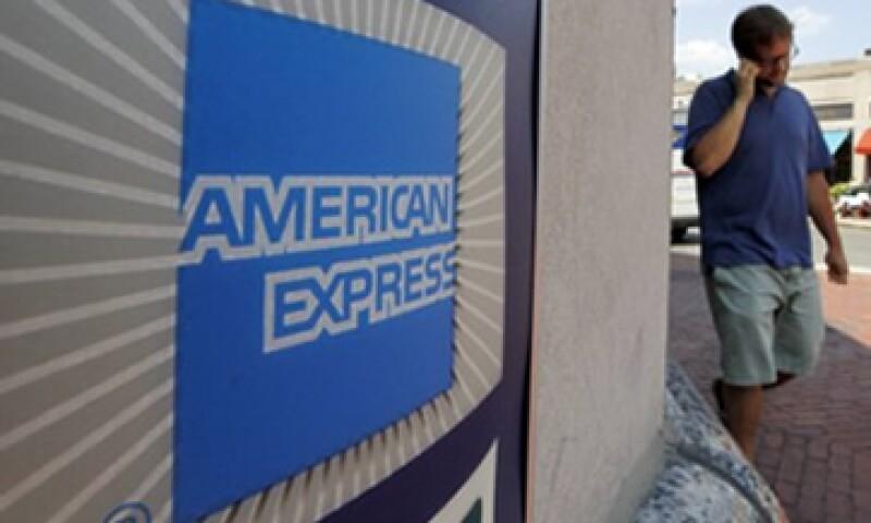 El mayor gasto con tarjetas impulsó el beneficio de la empresa. (Foto: AP)