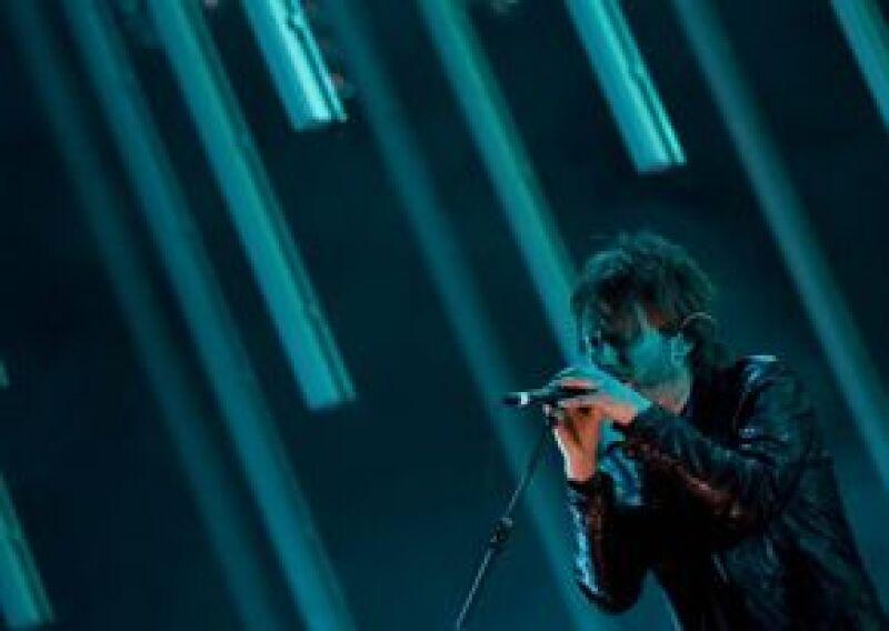 La cantante se sintió aludida porque la banda británica no la quiso conocer en la pasada ceremonia de los Grammy.