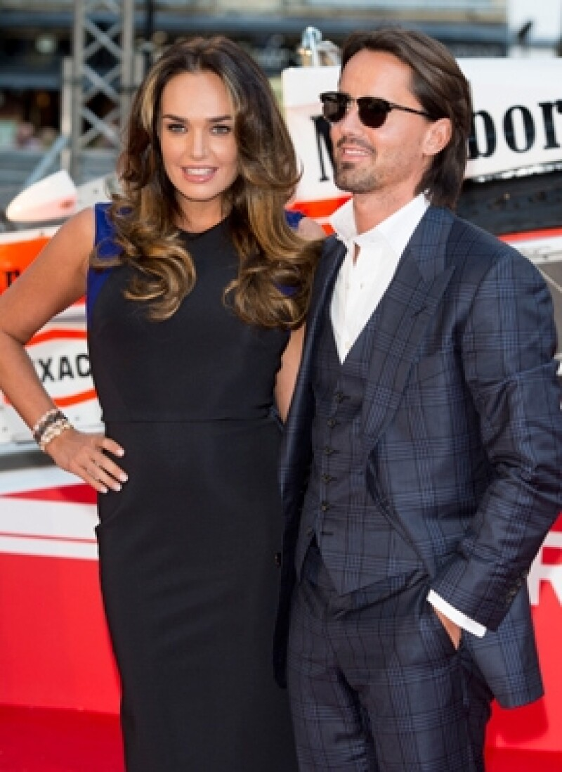 A tres meses de matrimonio con Jay Rutland, la hija del dueño de F1 confesó que tiene 12 semanas de embarazo.