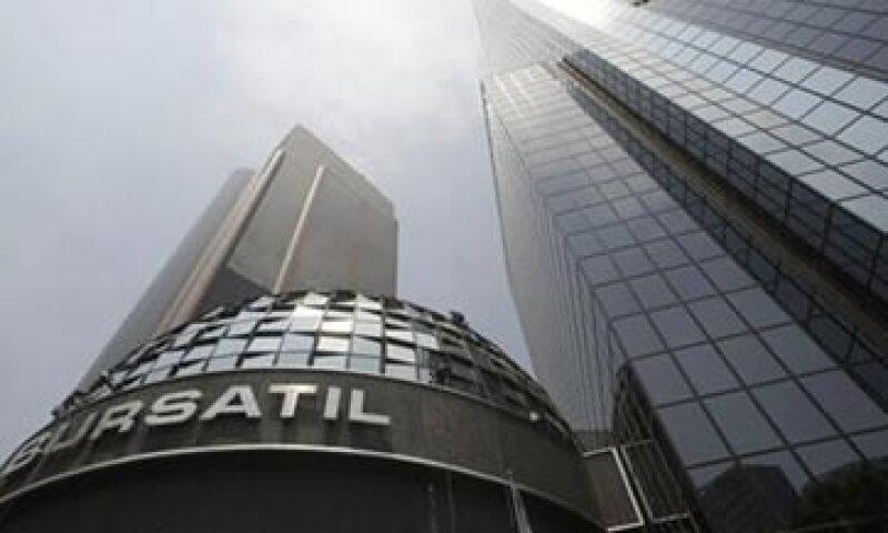 Los papeles del Grupo Financiero Banorte descendieron 3.46% a 51.11 pesos.  (Foto: Reuters)