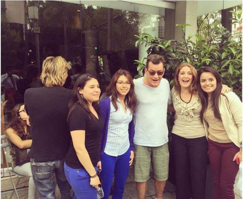 De acuerdo con Reforma, el actor se mostró accesible con sus fans.