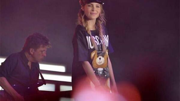 """Según se informó en el programa """"Hoy"""", el nombre de la joven sí es Mariana Villalobos y es pareja del empresario que contrató a la cantante."""