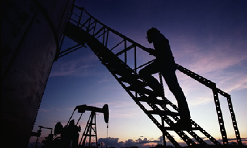 La petrolera brasileña OGX requiere unos 250 mdd en financiamiento para continuar operando hasta abril del 2014. (Foto: Getty Images)