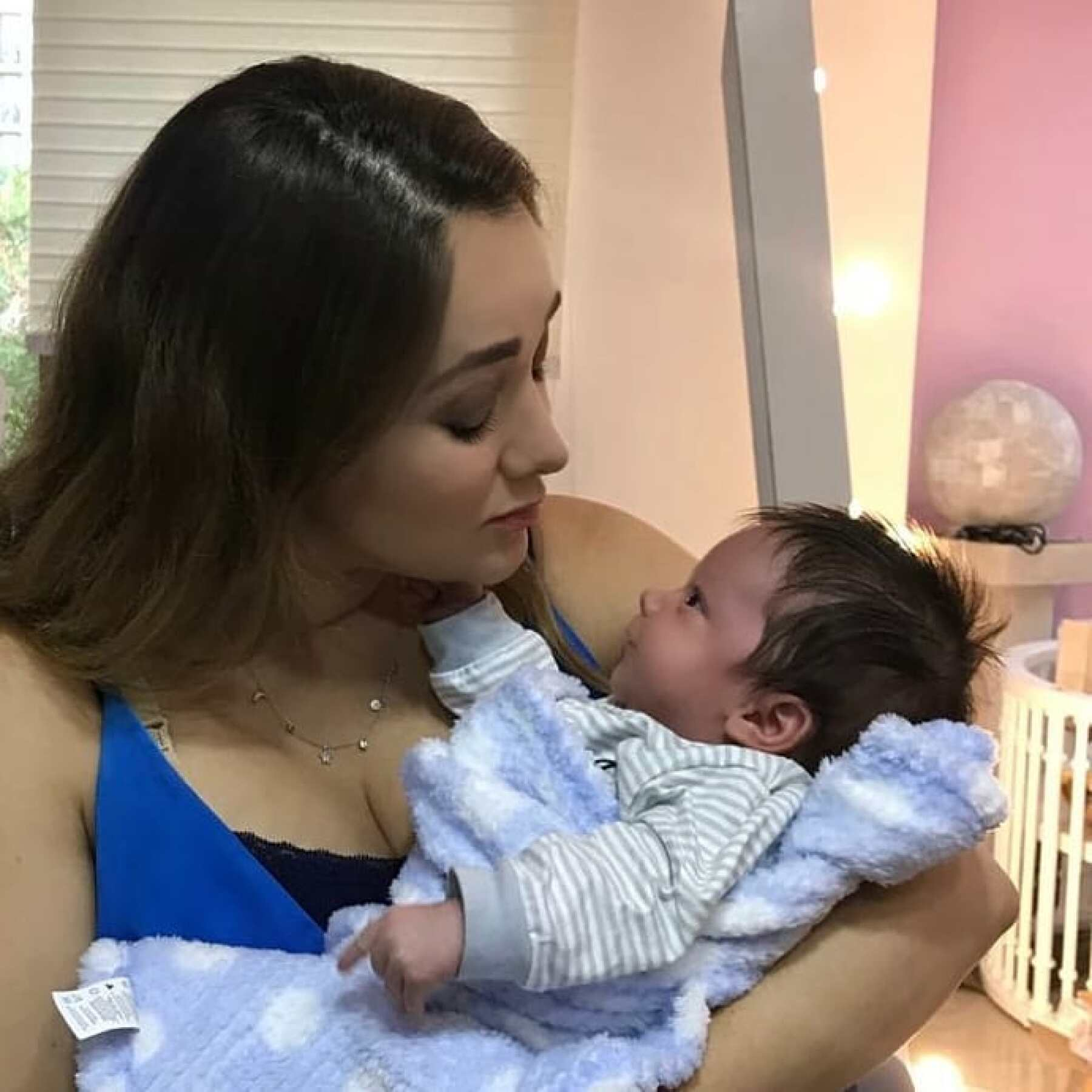 Sherlyn y su hijo André