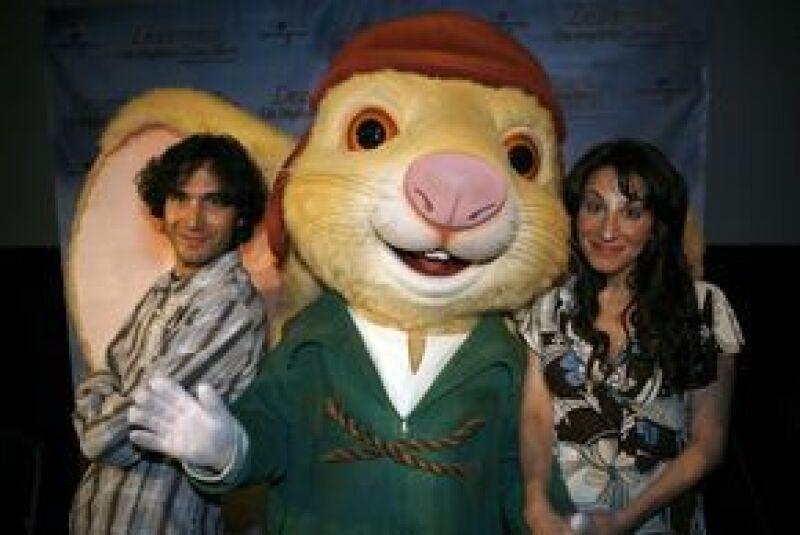Benny y Mónica aseguran que la trama de la película animada, protagonizada por un audaz ratón, servirá para reforzar los valores en los niños.