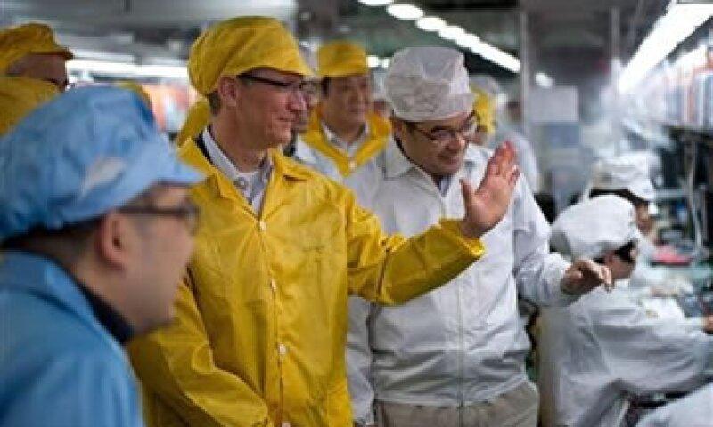 El itinerario de Cook ha incluido conversaciones con el Gobierno Chino y visitas a las tiendas de Apple. (Foto: Reuters)