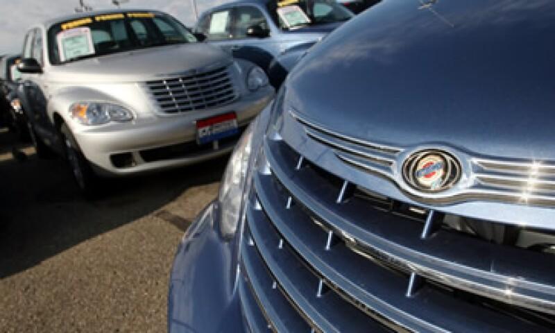 Las ventas al menudeo de Chrysler y sus cuatro marcas crecieron 10% en diciembre, comparado con el mismo mes de 2010. (Foto: AP)
