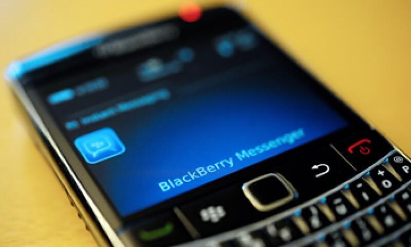 BlackBerry informó que trabaja en solucionar los problemas con los equipos. (Foto: Archivo AP)