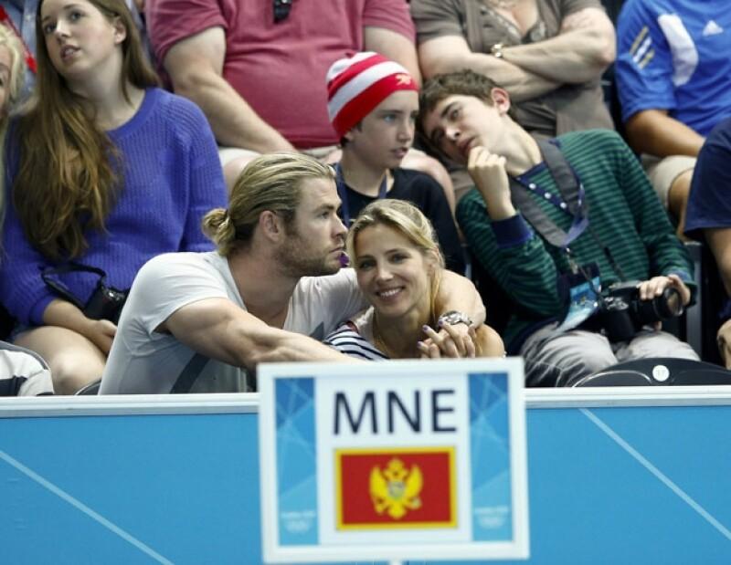 La pareja fue captada muy romántica en el partido de cuartos de final de waterpolo entre España y  Montenegro.