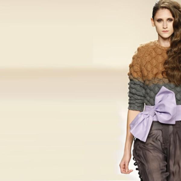 La noche del 23 de julio, IM desfilarán diseños de las españolas Macarena Ramos y Ana Figuera, de El Delgado Buil, que llenarán el ambiente con un marcado estilo chic femenino francés.