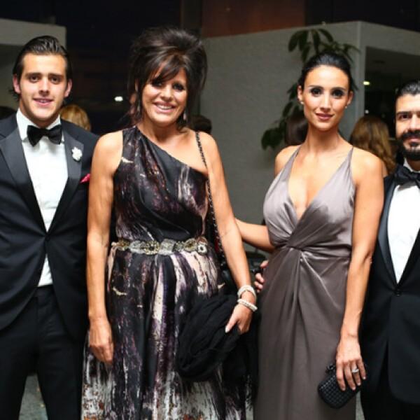 José Antonio Ruíz, Hermitas Pérez, Angela Ruíz y Omar Yunes